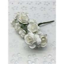 Букетик роз бумажный цвет: белый (white). Размер цветка 15мм
